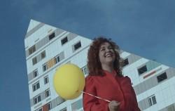 Luce u spotu za još jedan supersingl sa dolazećeg debi albuma